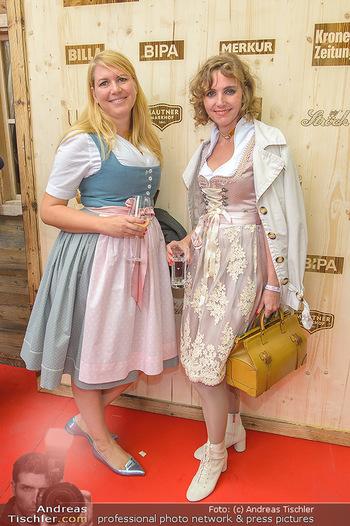 Wiener Wiesn Opening - Prater, Wien - Do 26.09.2019 - Carola LINDENBAUER, Elisabeth HACKEL140