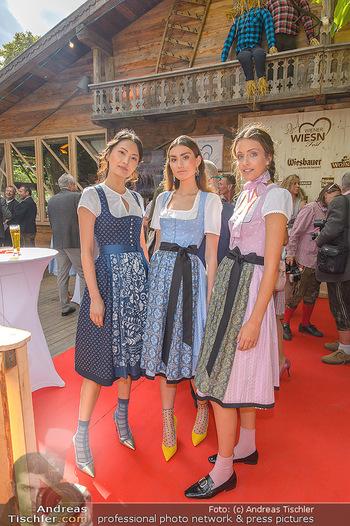 Wiener Wiesn Opening - Prater, Wien - Do 26.09.2019 - Dirndln auf der Wiener Wiesn, junge Frauen, Mädchen148