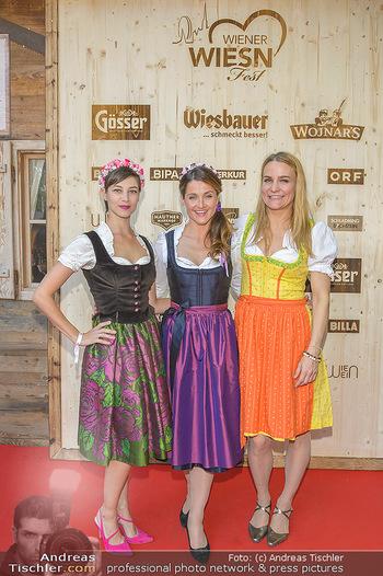 Wiener Wiesn Opening - Prater, Wien - Do 26.09.2019 - Maria YAKOVLEVA, Lizz GÖRGL, Nicole WESNER412