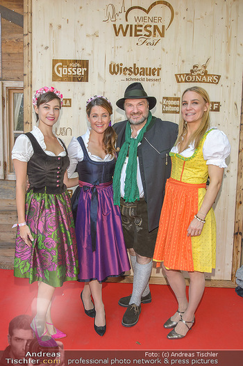 Wiener Wiesn Opening - Prater, Wien - Do 26.09.2019 - Maria YAKOVLEVA, Lizz GÖRGL, Martin LEUTGEB, Nicole WESNER416