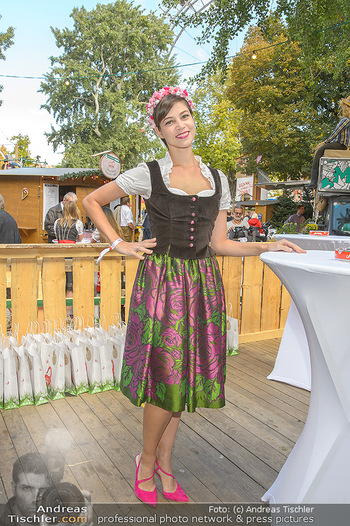 Wiener Wiesn Opening - Prater, Wien - Do 26.09.2019 - Maria YAKOVLEVA420