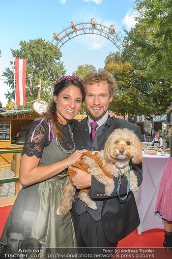 Wiener Wiesn Opening - Prater, Wien - Do 26.09.2019 - THE CLAIRVOYANTS (Amélie VAN TASS & Thommy TEN) mit Hund Mr. Ko432