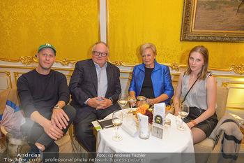 Arnulf Rainer Ausstellungseröffnung - Albertina - Do 26.09.2019 - Josef WEGHAUPT (Joseph´s Brot) mit Begleitung, Christian und Ro23