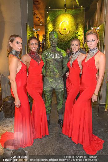 VIP Opening - Calea Dinner Club - Mi 02.10.2019 - Caleo Bodypainting mit Empfangsdamen, Hostessen18
