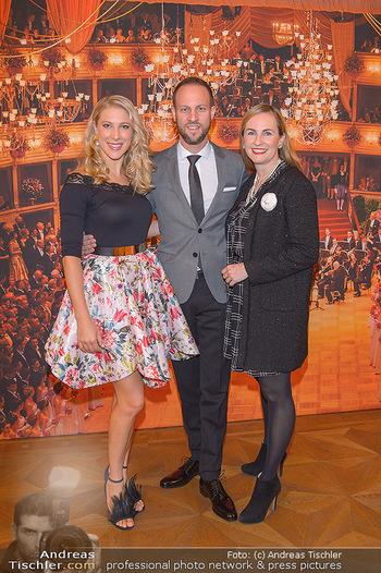 Vortanzen für den Opernball 2020 - Wiener Staatsoper - Sa 05.10.2019 - Maria GROßBAUER (GROSSBAUER), Christoph und Maria SANTNER10
