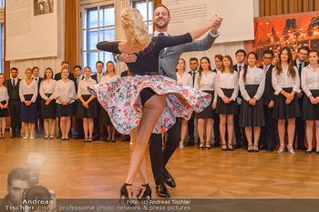 Vortanzen für den Opernball 2020 - Wiener Staatsoper - Sa 05.10.2019 - Christoph und Maria SANTNER, Debüdanten39