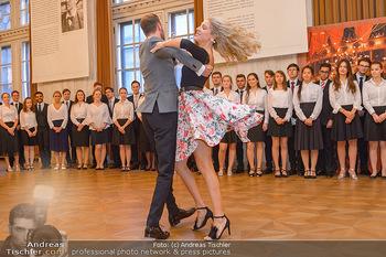 Vortanzen für den Opernball 2020 - Wiener Staatsoper - Sa 05.10.2019 - Christoph und Maria SANTNER, Debüdanten40