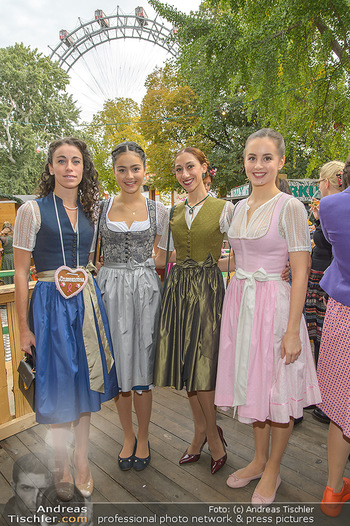 Damenwiesn - Wiener Wiesn, Wien - Do 10.10.2019 - Staatsopernballetttänzerinnen24