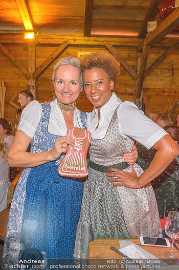 Damenwiesn - Wiener Wiesn, Wien - Do 10.10.2019 - Uli EHRLICH, Arabella KIESBAUER87
