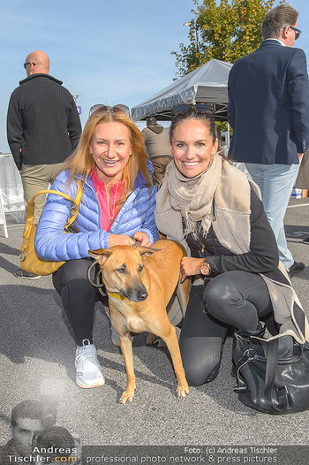 Promi Bungee Jumping - Parndorf Fashion Outlet - Fr 11.10.2019 - Angelika NIEDETZKY, Tanja DUHOVICH6