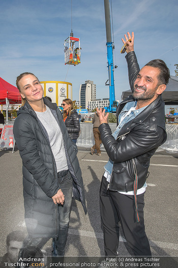 Promi Bungee Jumping - Parndorf Fashion Outlet - Fr 11.10.2019 - Fadi MERZA, Nicole WESNER8