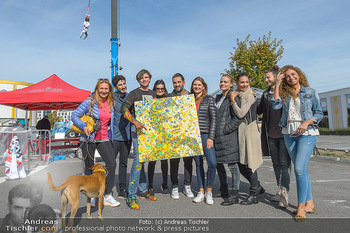 Promi Bungee Jumping - Parndorf Fashion Outlet - Fr 11.10.2019 - 47