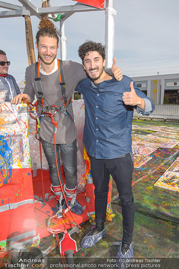 Promi Bungee Jumping - Parndorf Fashion Outlet - Fr 11.10.2019 - 54