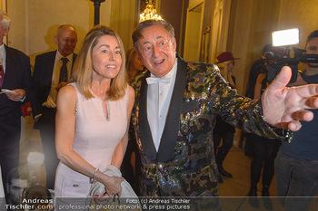 Richard Lugner 87er - Palais Auersperg - Sa 12.10.2019 - Richard LUGNER mit ´Goldfisch´ Andrea15