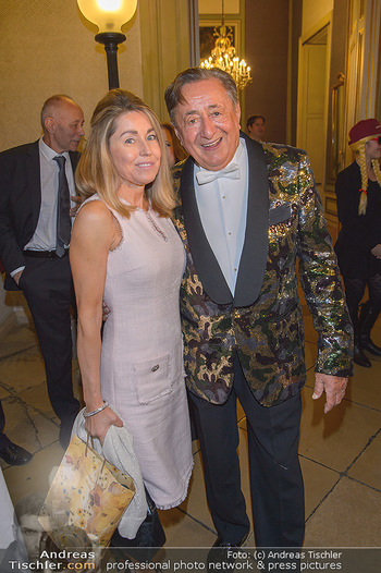 Richard Lugner 87er - Palais Auersperg - Sa 12.10.2019 - Richard LUGNER mit ´Goldfisch´ Andrea16