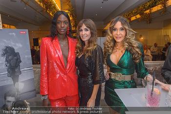 Manfred Baumann Kalenderpräsentation - Hotel LeMeridien, Wien - Mo 14.10.2019 - Layla POWELL, Nelly BAUMANN, Dolly BUSTER1