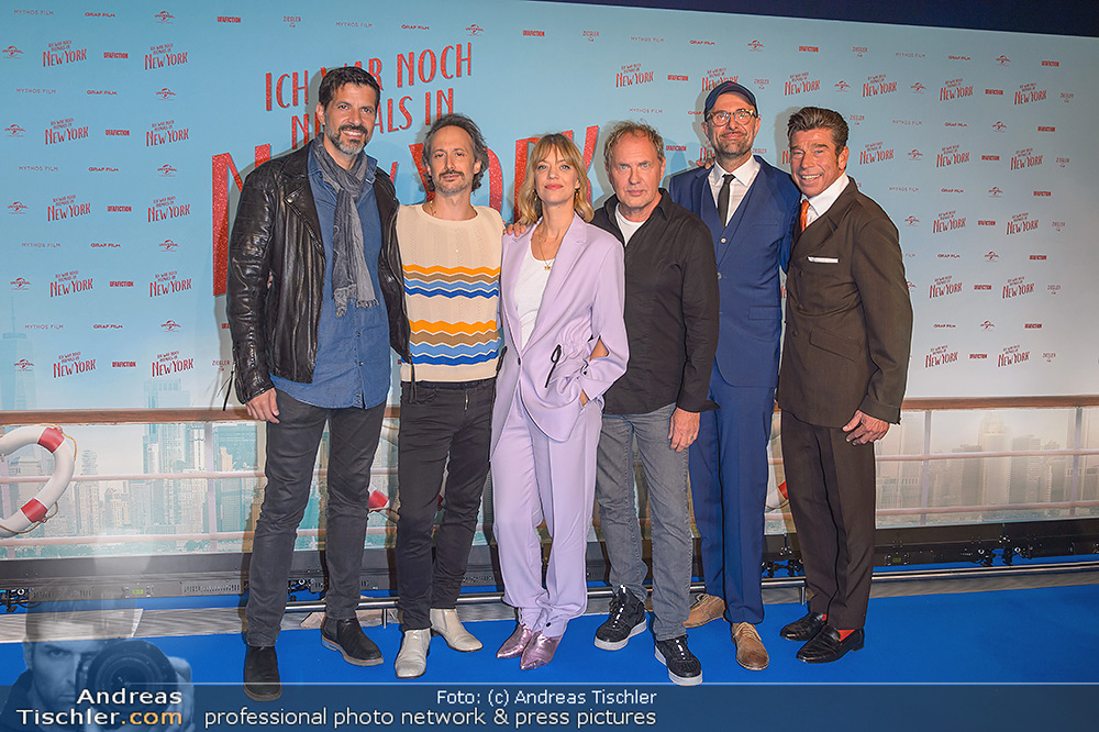 Kinopremiere ´Ich war noch niemals in New York´ - 2019-10-15 - Hollywood Megaplexx Gasometer, Wien