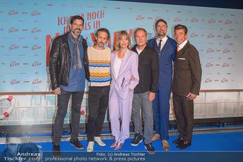 Kinopremiere ´Ich war noch niemals in New York´ - Hollywood Megaplexx Gasometer, Wien - Di 15.10.2019 - Gruppenfoto Cast Pasquale ALEARDI, Michael OSTROWSKI, Heike MAKA65