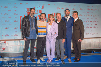 Kinopremiere ´Ich war noch niemals in New York´ - Hollywood Megaplexx Gasometer, Wien - Di 15.10.2019 - Gruppenfoto Cast Pasquale ALEARDI, Michael OSTROWSKI, Heike MAKA66