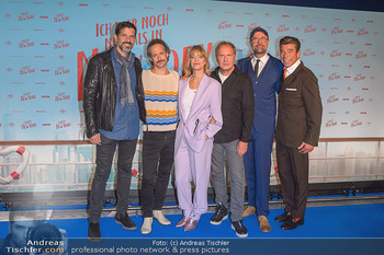 Kinopremiere ´Ich war noch niemals in New York´ - Hollywood Megaplexx Gasometer, Wien - Di 15.10.2019 - Gruppenfoto Cast Pasquale ALEARDI, Michael OSTROWSKI, Heike MAKA67