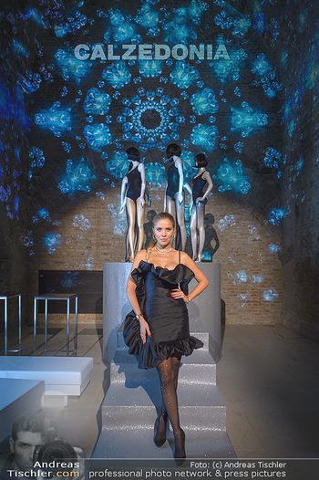 Calzedonia - a night of Glitz & Glamour - Palais Coburg, Wien - Mi 16.10.2019 - Victoria SWAROVSKI3
