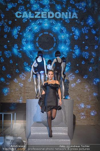 Calzedonia - a night of Glitz & Glamour - Palais Coburg, Wien - Mi 16.10.2019 - Victoria SWAROVSKI6