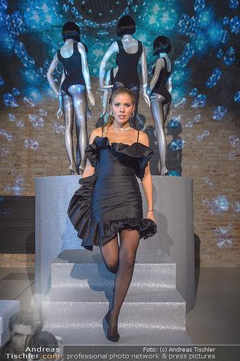 Calzedonia - a night of Glitz & Glamour - Palais Coburg, Wien - Mi 16.10.2019 - Victoria SWAROVSKI8