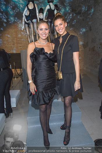 Calzedonia - a night of Glitz & Glamour - Palais Coburg, Wien - Mi 16.10.2019 - Victoria SWAROVSKI mit Schwester Paulina86