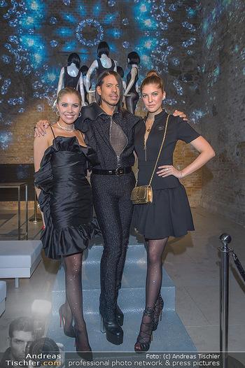 Calzedonia - a night of Glitz & Glamour - Palais Coburg, Wien - Mi 16.10.2019 - Victoria SWAROVSKI mit Schwester Paulina, Jorge GONZALEZ89