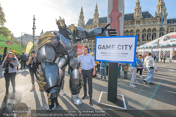 Game City Tag 1 - Rathaus Wien - Fr 18.10.2019 - Bürgermeister Michael LUDWIG und Stadtradt Jürgen CZERNOHORSZK339
