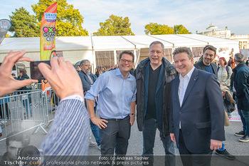 Game City Tag 1 - Rathaus Wien - Fr 18.10.2019 - Bürgermeister Michael LUDWIG und Stadtradt Jürgen CZERNOHORSZK342