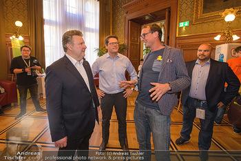 Game City Tag 1 - Rathaus Wien - Fr 18.10.2019 - Bürgermeister Michael LUDWIG und Stadtradt Jürgen CZERNOHORSZK366