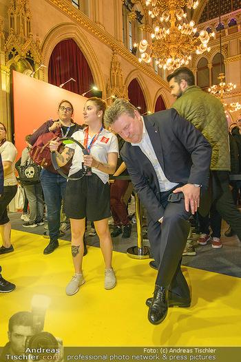 Game City Tag 1 - Rathaus Wien - Fr 18.10.2019 - Bürgermeister Michael LUDWIG und Stadtradt Jürgen CZERNOHORSZK377