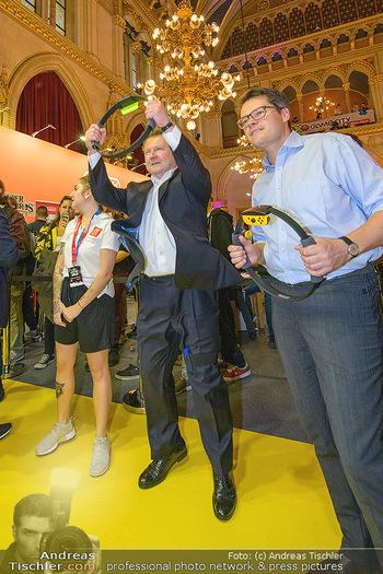 Game City Tag 1 - Rathaus Wien - Fr 18.10.2019 - Bürgermeister Michael LUDWIG und Stadtradt Jürgen CZERNOHORSZK379