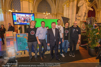 Game City Tag 1 - Rathaus Wien - Fr 18.10.2019 - Bürgermeister Michael LUDWIG und Stadtradt Jürgen CZERNOHORSZK401
