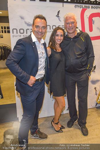 Winteropening - Nora Pure Sports Wien - Sa 19.10.2019 - Harald SAUER mit Ehefrau Alexandra, Toni POLSTER138