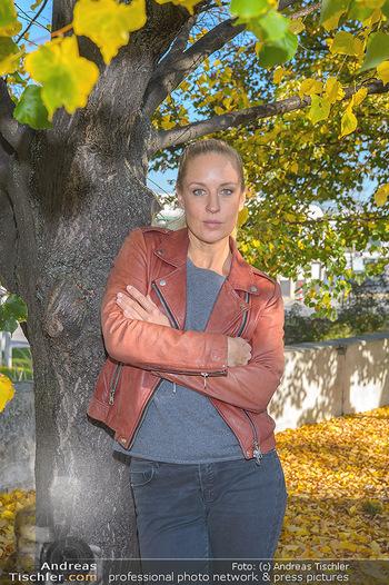 Dreharbeiten Soko Donau - Handelskai 265, Wien - Do 24.10.2019 - Lilian KLEBOW (Portrait)19