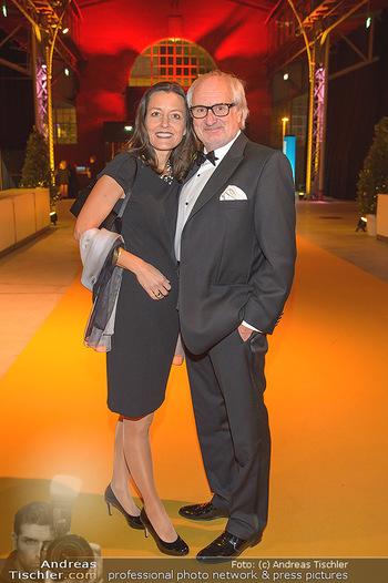 Sporthilfe Gala 2019 - Marx Halle Wien - Do 31.10.2019 - Michael SCHOTTENBERG mit Freundin Claire41