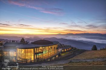 Österreich in Farben - Österreich - Do 31.10.2019 - Architektur im Sonnenaufgang, Gerlitzen Feuerberg Mountain Resor19