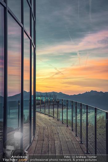 Österreich in Farben - Österreich - Do 31.10.2019 - Architektur im Sonnenaufgang, Gerlitzen Feuerberg Mountain Resor24