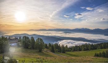 Österreich in Farben - Österreich - Do 31.10.2019 - Architektur im Sonnenaufgang, Gerlitzen Feuerberg Mountain Resor35