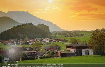 Österreich in Farben - Österreich - Do 31.10.2019 - Salzburg Kuch Georgenberg Untersberg Sonne Landschaft Österreic89