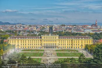 Österreich in Farben - Österreich - Do 31.10.2019 - Wien Schloss Schloß Schönbrunn Touristen Park Geschichte  Land100