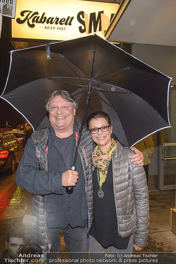 Tricky Niki Kabarettpremiere - Kabarett Simpl - Di 05.11.2019 - Joesi PROKOPETZ mit Karin15