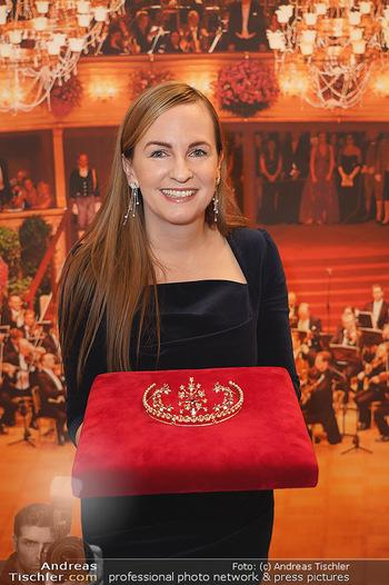 Tiara Präsentation - Wiener Staatsoper - Do 14.11.2019 - Maria GROßBAUER mit der neuen Tiara (Krönchen) von Swarovski19