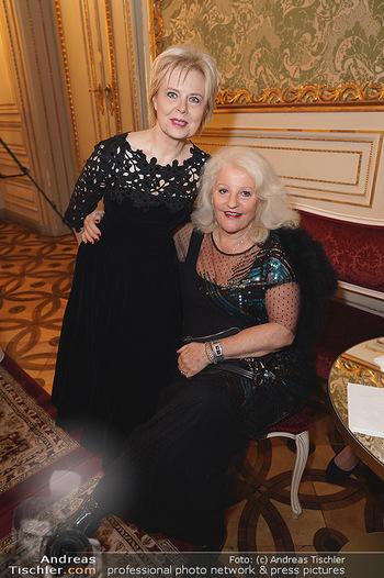 100 Jahre Tanzschule Elmayer - Palais Pallavicini, Wien - Di 19.11.2019 - Ildiko RAIMONDI, Marika LICHTER37