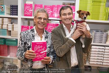 Thomas Brezina Buchpräsentation - Thalia Wien - Mi 20.11.2019 - Thomas BREZINA mit Ehemann Ivo und Hund Joppy1