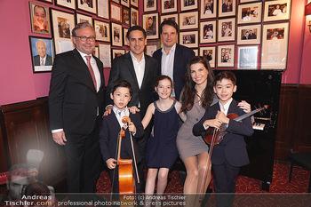 IMF Pressegespräch - Hotel Sacher, Wien - Do 21.11.2019 - Leona KÖNIG, Alexander WRABETZ, Juan Diego FLOREZ mit Kindern45