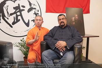 Steven Seagal PK - Shaolin Wushu Training Center - Fr 22.11.2019 - Steven SEAGAL, Li YUNFEI22