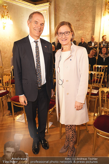 Buchpräsentation ´Kultur.Region.Europa´ - Bundesministerium für Europa, Integration und Äußeres, Wien - Mi 27.11.2019 - Leigh TURNER, Johanna MIKL-LEITNER32